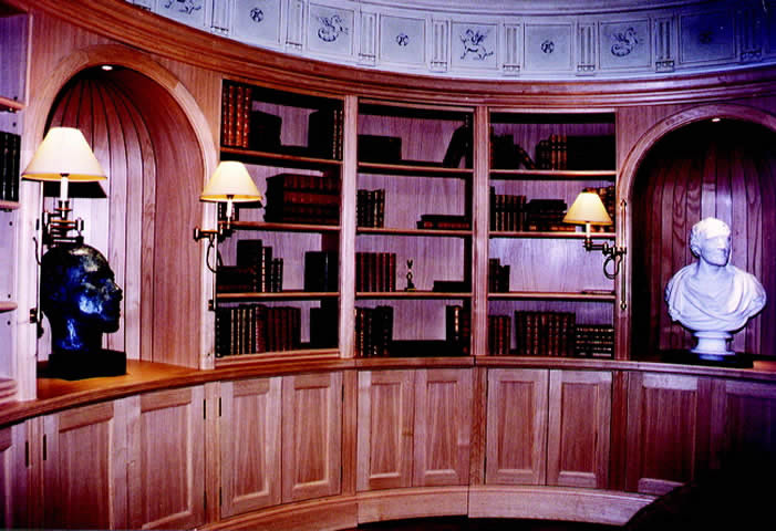 Circular library with four niches in English chestnut